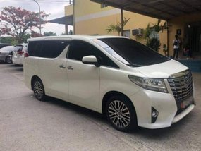 Selling Used Toyota Alphard 2018 in Las Piñas