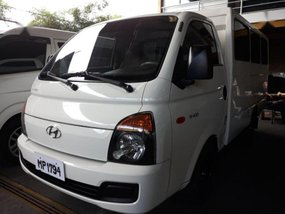 Selling 2nd Hand Hyundai H-100 2017 in Quezon City