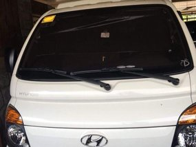 Sell 2nd Hand 2014 Hyundai H-100 Manual Diesel in Meycauayan