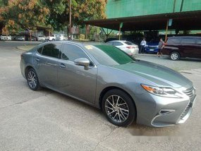 Grey Lexus Es 350 2018 at 13000 km for sale in Pasig