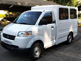 Selling White Suzuki Apv 2017 in Cainta