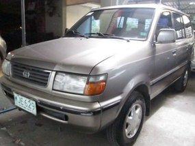 Selling Toyota Revo 2000 Manual Gasoline