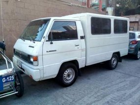Sell 2nd Hand 2002 Mitsubishi L300 at 110000 km in Manila