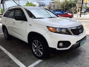 Selling 2nd Hand Kia Sorento 2012 Automatic Diesel at 70000 km in Makati