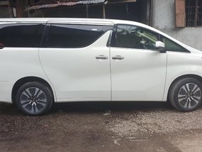 Selling Brand New 2019 Toyota Alphard in Quezon City