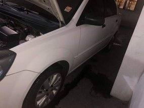 2nd Hand Kia Rio 2010 at 155000 km for sale