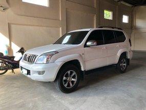 2nd Hand Toyota Land Cruiser Prado 2005 at 130000 km for sale