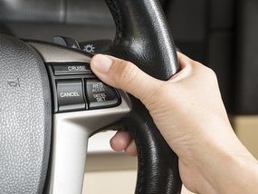 Signs of a failing cruise control and how to use it properly