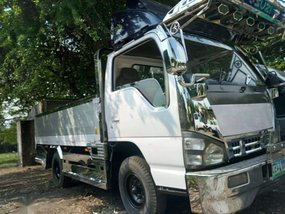 Selling 2nd Hand Isuzu Elf 2013 in Meycauayan