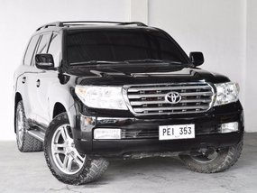 Sell 2nd Hand 2010 Toyota Land Cruiser at 30000 km in Quezon City