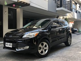 2nd Hand Ford Escape 2015 at 48000 km for sale