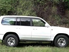 Selling 2nd Hand Toyota Land Cruiser 2004 in Davao City