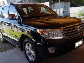 Selling 2nd Hand Toyota Land Cruiser 2015 in Pasay