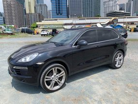 Sell 2nd Hand 2011 Porsche Cayenne at 30000 km in Pasig