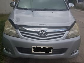 Selling 2nd Hand Toyota Innova 2010 in Cabuyao