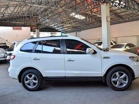 Sell White 2010 Hyundai Santa Fe in Manila