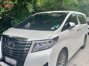 Selling 2nd Hand Toyota Alphard 2015 in Taguig