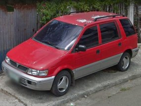 Selling 2nd Hand Mitsubishi Space Wagon 2000 at 130000 km in Cebu City