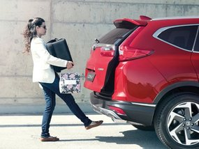 Car brands go with automatic liftgates