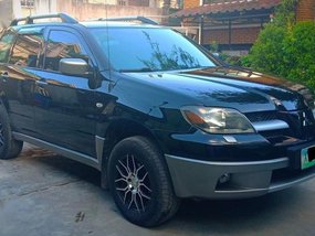 Mitsubishi Outlander 2004 Automatic Gasoline for sale in Quezon City