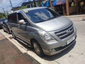 Sell Used 2016 Hyundai Starex in Quezon City