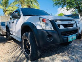 Selling White 2011 Isuzu D-Max Truck Manual Diesel