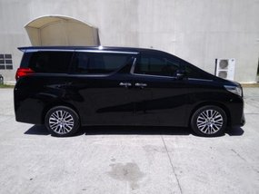 Toyota Alphard 2018 at 10000 km for sale in Pasig