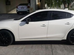Selling Used Mazda 2 2015 in Muntinlupa
