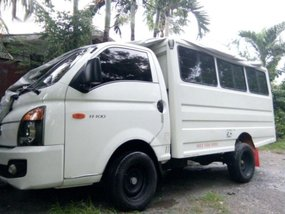 Selling Hyundai H-100 2017 Van Manual Diesel in General Santos