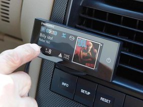 Must-know tips to choose the best aftermarket car head units