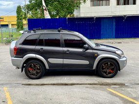 Used Toyota Rav4 2003 at 140000 km for sale