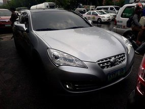 Silver Hyundai Genesis 2010 at 64533 km for sale