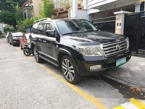 Black Toyota Land Cruiser 2011 at 100000 km for sale
