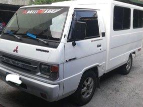 Selling Mitsubishi L300 2005 Manual Diesel in Manila