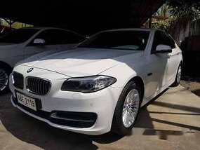 Selling White Bmw 520D 2015 at 37753