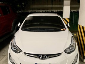 White 2015 Hyundai Elantra for sale in Metro Manila