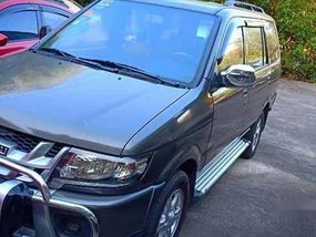 Selling Isuzu Crosswind 2015 at 118000 km in Pasig City