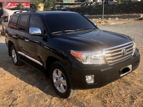 Sell Used 2015 Toyota Land Cruiser Automatic Diesel in Pasig
