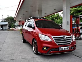 Sell 2nd Hand 2016 Toyota Innova Manual Diesel at 30000 km in Lemery