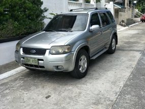 Selling 2nd Hand Ford Escape 2005 in Taytay