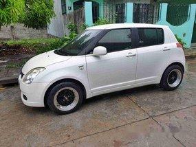 White Suzuki Swift 2007 for sale Automatic