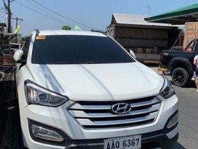 2nd Hand Hyundai Santa Fe 2014 at 77000 km for sale