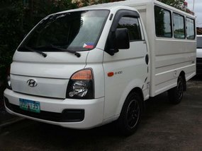 2nd Hand Hyundai H-100 2013 for sale in Carmona