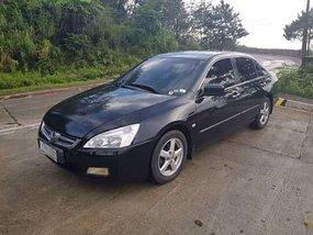 Selling Black Honda Accord 2005 at 60000 km