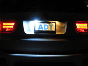 How to Replace a Failing License Plate Light