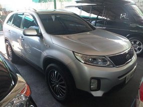 Selling Silver Kia Sorento 2014 at 10000 km in Manila