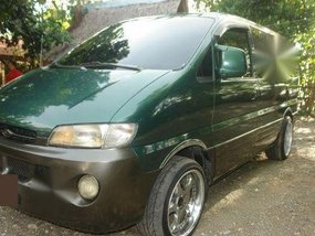2nd Hand Hyundai Starex 2004 for sale in Pasay