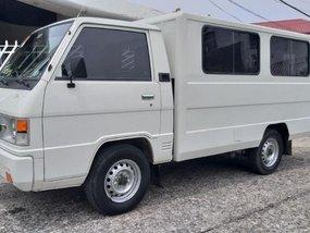 Sell 2nd Hand 2017 Mitsubishi L300 Van at 18000 km in Cebu City