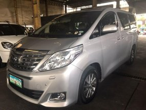 Selling 2nd Hand Toyota Alphard 2013 in Quezon City