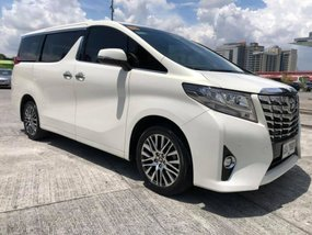 Selling White Toyota Alphard 2008 Automatic in Bugasong